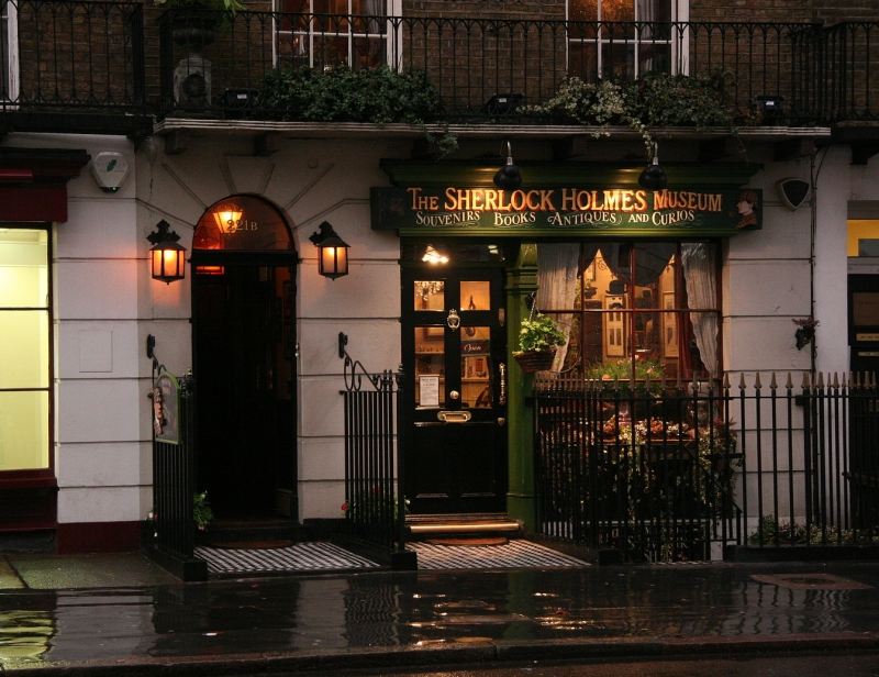 Sherlock Holmes Museum in London The 5 Must-go London museums The 5 Must-go London museums sherlock holmes museum
