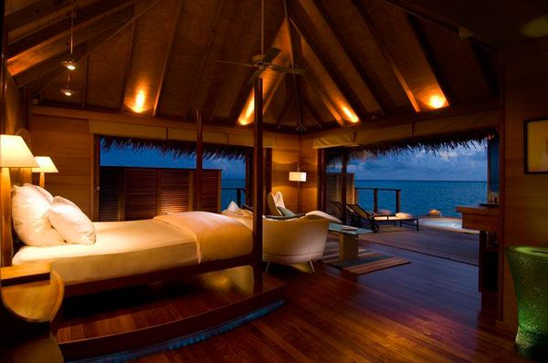 Bedroom Near Ocean 10 Bedrooms with a Stunning Panoramic View of the Ocean  10 Bedrooms with a Stunning Panoramic View of the Ocean  Bedroom Near Ocean
