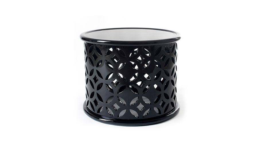 Black sidetable by Boca do Lobo Black furniture for trendy interiors Black furniture for trendy interiors Black sidetable by Boca do Lobo