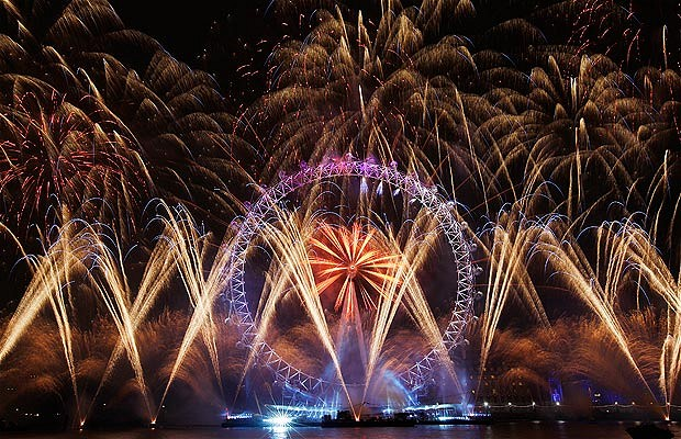 New Year's Firework in London New Year's Firework in London London Eye Decor Style 3