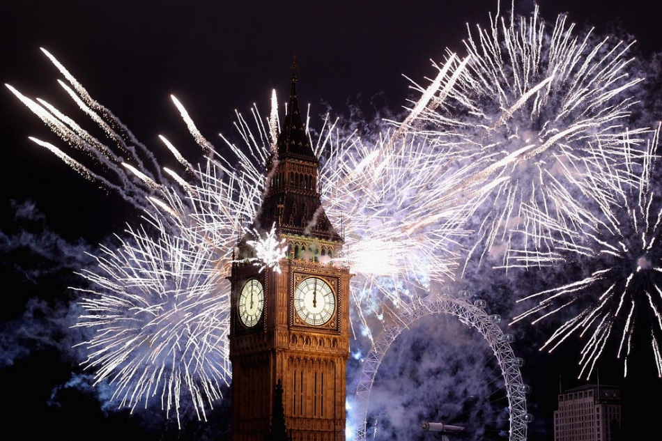 New Year's Firework in London New Year's Firework in London London Eye Decor Style 4