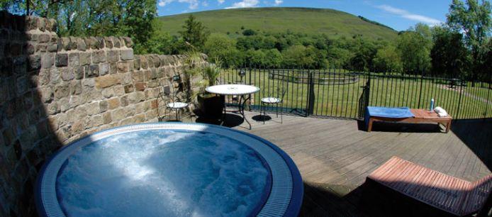 Indulge yourself: Luxury Spas in UK Indulge yourself: Luxury Spas in UK Luxury Spa Losehill 2 Decor Style