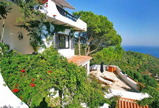 Casa Branca Sesimbra - Portugal - Lisboa Top Vacation Destinations in Europe - Villa Life Top Vacation Destinations in Europe – Villa Life sesimbra