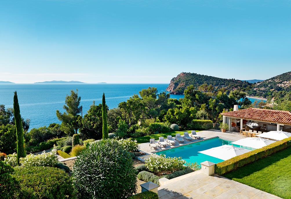 villa-royal-le-rayol-france Top Vacation Destinations in Europe - Villa Life Top Vacation Destinations in Europe – Villa Life villa royal le rayol france