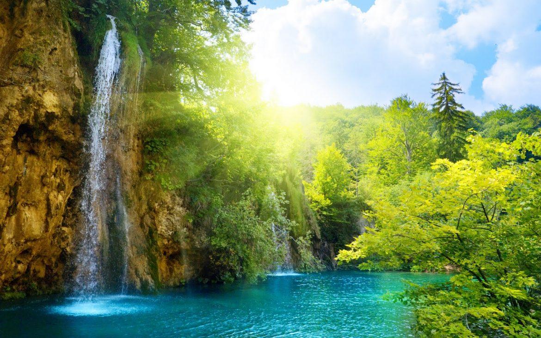 dream destinations Top 10 Dream destinations – for Summer Vacations IRELAND Summer waterfall