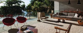 Amazing Beach Houses for your Spring/Summer Vacations