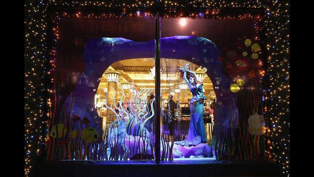 16-harrods Harrods: The most beautiful window displays! Harrods: The most beautiful window displays! 16 harrods