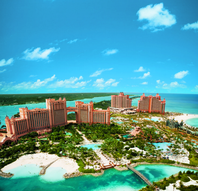 decor and style - winter destinations Atlantis Resort in Nassau, Bahamas