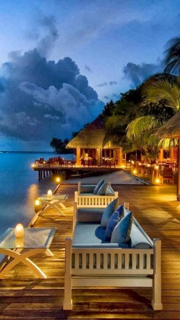 decor and style - winter destinations Conrad Maldives Rangali Resort Island1