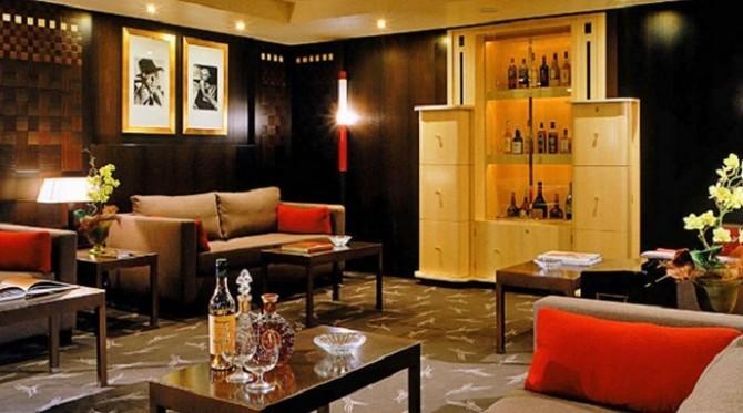 The-most-bohemian-Art-Deco-Hotels-HOTEL-MARTINEZ