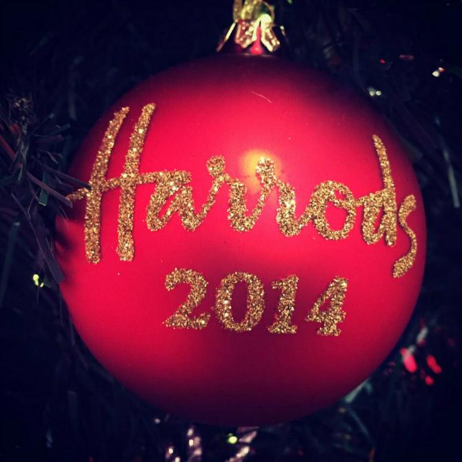 Christmas-ball-Christmas-on-Harrods-a-way-of-living Christmas in Harrods...a way of living Christmas in Harrods…a way of living Christmas ball Christmas on Harrods a way of living