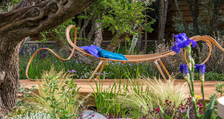 Decor-and-Style-Behind-the-scenes-at-RHS-Chelsea-with-Tom-Raffield