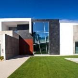 Quinta Villa by Top London Interior Designer Staffan Tollgard