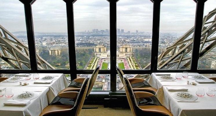 top-restaurants-in-paris-for-paris-fashion-week-12 Top Restaurants in Paris for Paris Fashion Week Top Restaurants in Paris for Paris Fashion Week top restaurants in paris for paris fashion week 12