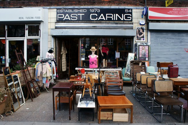 past-caring-essex-road-london-1 TOP 10 Best Fashion Vintage Shops in London TOP 10 Best Fashion Vintage Shops in London past caring essex road london 1