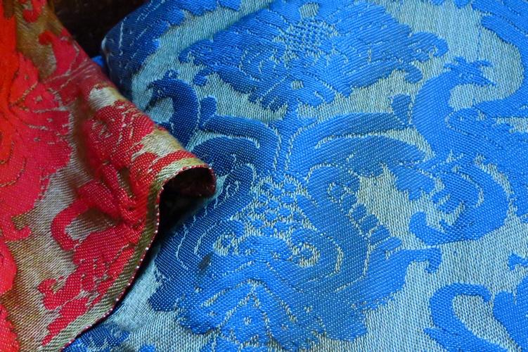 1 Top 17 classic fabrics for a living room design Top 17 Classic Fabrics For a Living Room Design Top 17 Classic Fabrics For a Living Room Design 1 Top 17 classic fabrics for a living room design