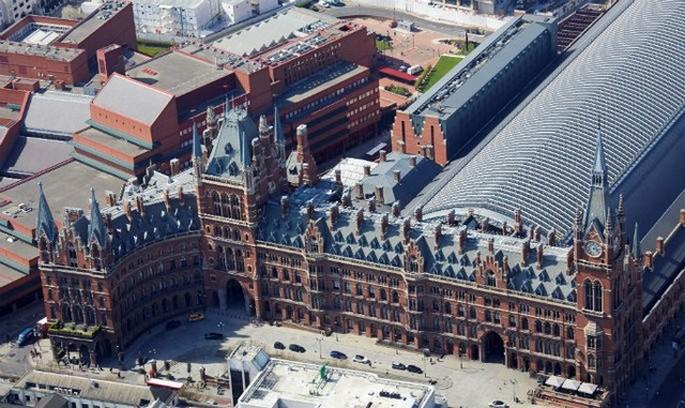 The Renaissance Hotel St. Pancras, London 2 Renaissance Hotel St. Pancras, London Renaissance Hotel St. Pancras, London The Renaissance Hotel St