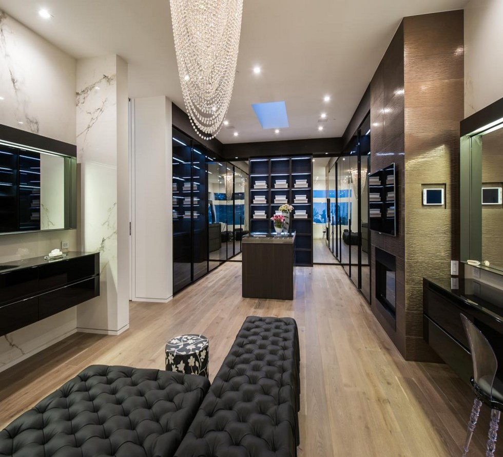Luxury Closets For The Master Bedroom Luxury Closets For The Master Bedroom CI The Agency Beverly Hills Luxury Closet