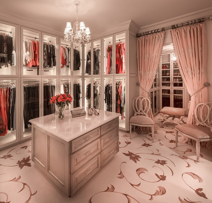 luxury-closets-for-the-master-bedroom Luxury Closets For The Master Bedroom Luxury Closets For The Master Bedroom Luxury Closets For The Master Bedroom 1