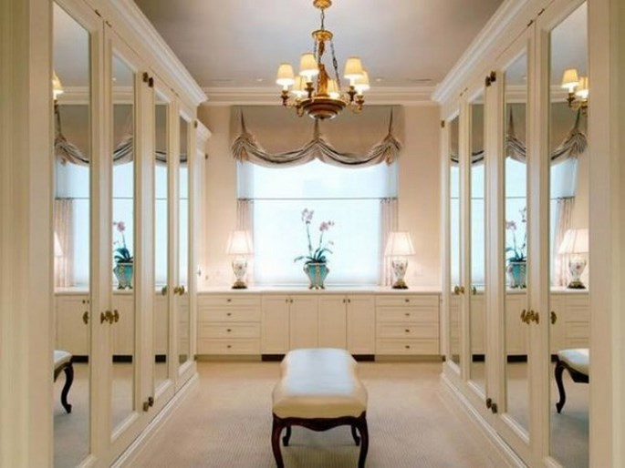 luxury-closets-for-the-master-bedroom Luxury Closets For The Master Bedroom Luxury Closets For The Master Bedroom Luxury Closets For The Master Bedroom 10