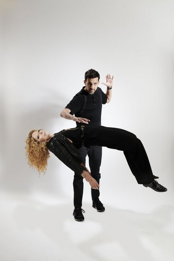 Dynamo and Kelly Hoppen with 3D-effect1 Kelly Hoppen Dynamo and Kelly Hoppen with 3D-effect CYhEP8TWEAACBe9